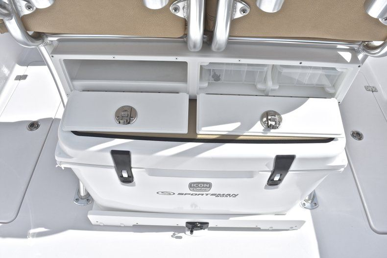 Thumbnail 29 for New 2019 Sportsman Open 252 Center Console boat for sale in West Palm Beach, FL