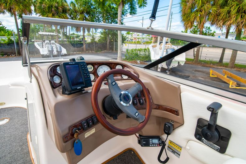 Thumbnail 20 for Used 2006 Regal 2120 Destiny boat for sale in West Palm Beach, FL