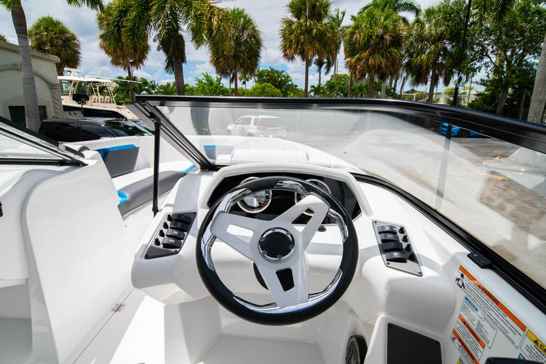 Thumbnail 15 for New 2020 Hurricane SP190 boat for sale in West Palm Beach, FL