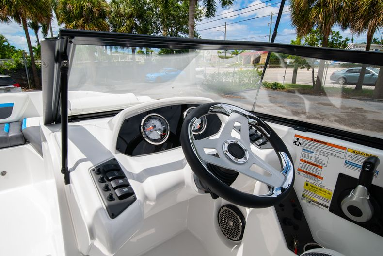 Thumbnail 16 for New 2020 Hurricane SP190 boat for sale in West Palm Beach, FL