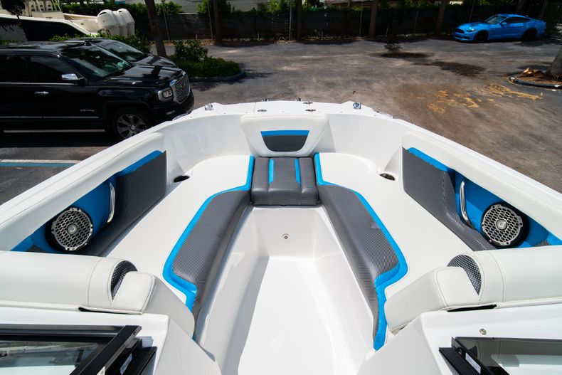 Thumbnail 28 for New 2020 Hurricane SP190 boat for sale in West Palm Beach, FL
