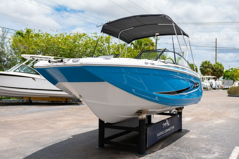 Thumbnail 3 for New 2020 Hurricane SP190 boat for sale in West Palm Beach, FL