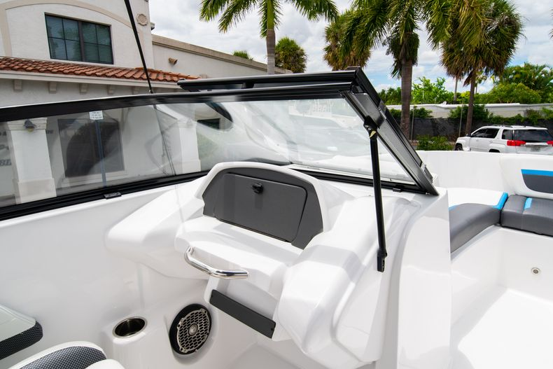 Thumbnail 20 for New 2020 Hurricane SP190 boat for sale in West Palm Beach, FL