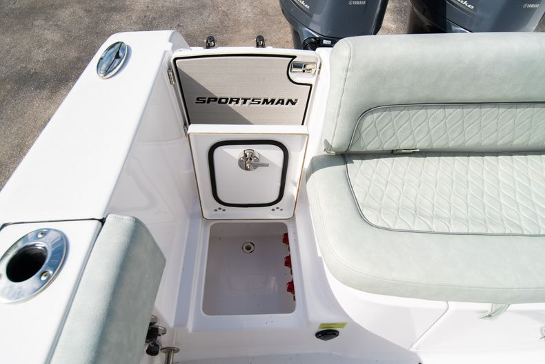 Thumbnail 14 for Used 2019 Sportsman Heritage 251 Center Console boat for sale in West Palm Beach, FL