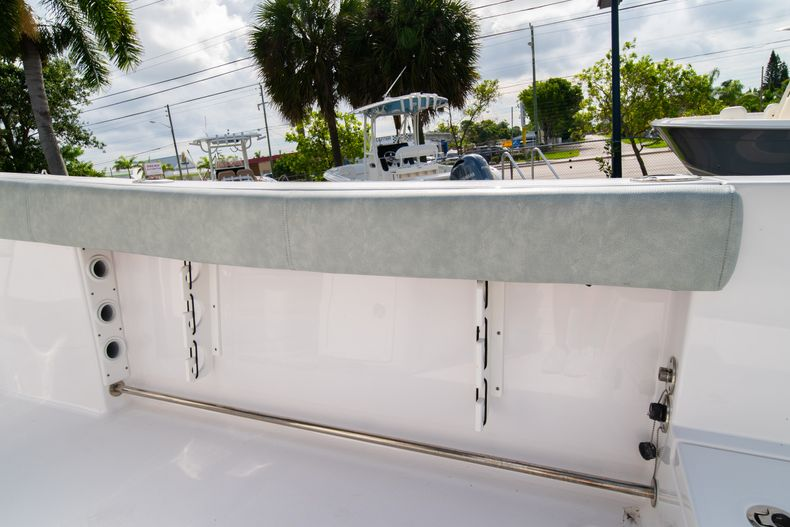 Thumbnail 21 for Used 2019 Sportsman Heritage 251 Center Console boat for sale in West Palm Beach, FL