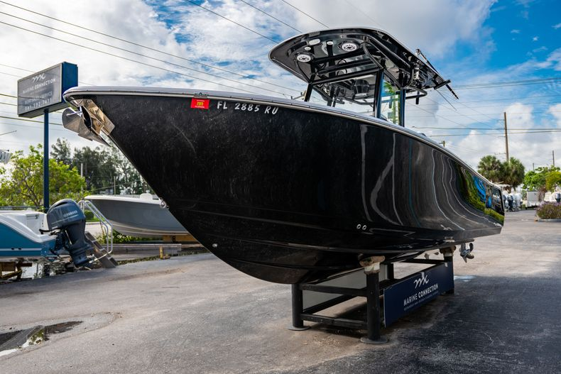 Thumbnail 4 for Used 2019 Sportsman Heritage 251 Center Console boat for sale in West Palm Beach, FL