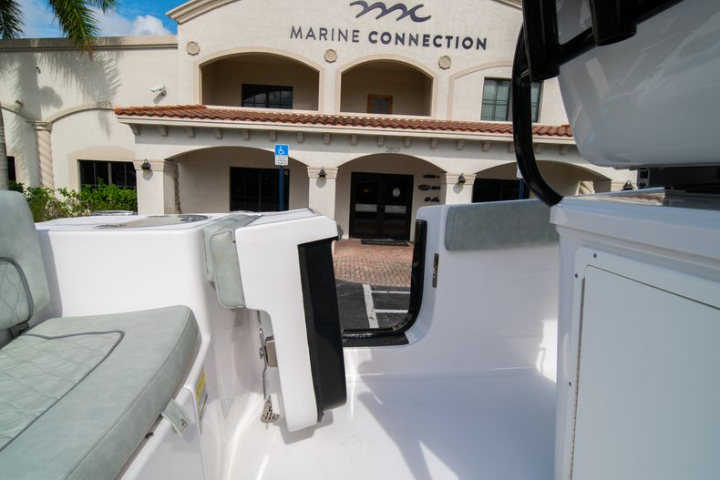 Thumbnail 26 for Used 2019 Sportsman Heritage 251 Center Console boat for sale in West Palm Beach, FL