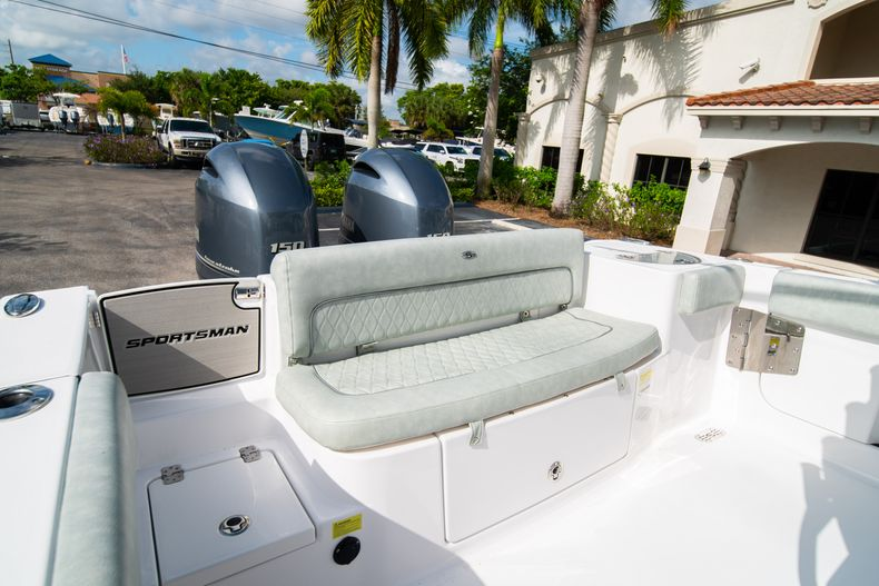 Thumbnail 15 for Used 2019 Sportsman Heritage 251 Center Console boat for sale in West Palm Beach, FL
