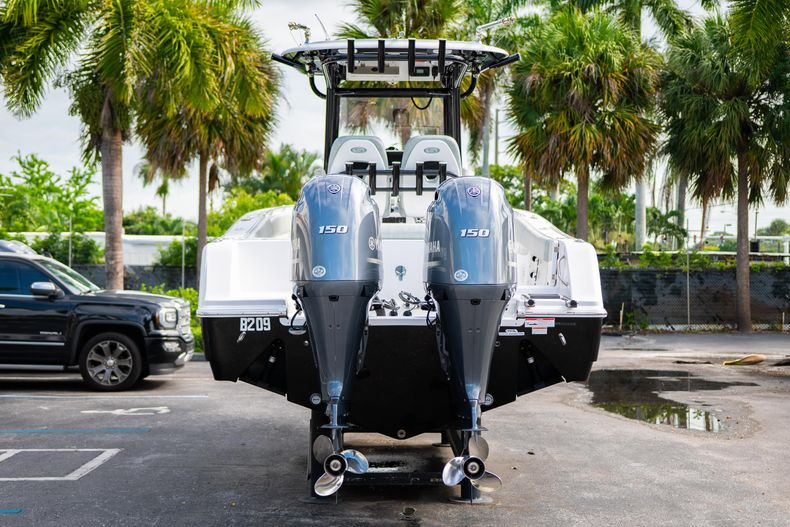 Thumbnail 9 for Used 2019 Sportsman Heritage 251 Center Console boat for sale in West Palm Beach, FL