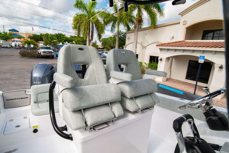 Thumbnail 38 for Used 2019 Sportsman Heritage 251 Center Console boat for sale in West Palm Beach, FL