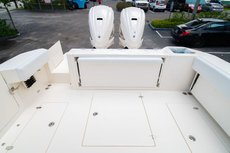 Thumbnail 12 for New 2020 Cobia 330 DC boat for sale in West Palm Beach, FL