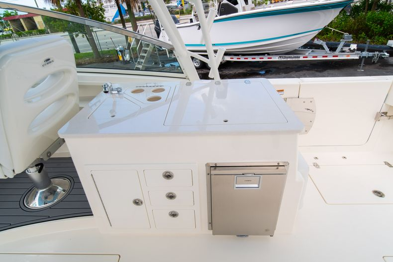 Thumbnail 22 for New 2020 Cobia 330 DC boat for sale in West Palm Beach, FL