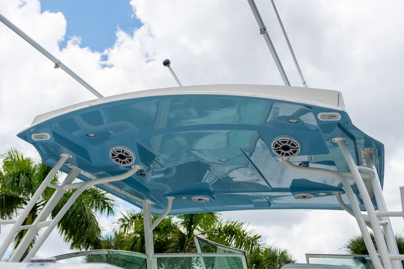 Thumbnail 8 for New 2020 Cobia 330 DC boat for sale in West Palm Beach, FL