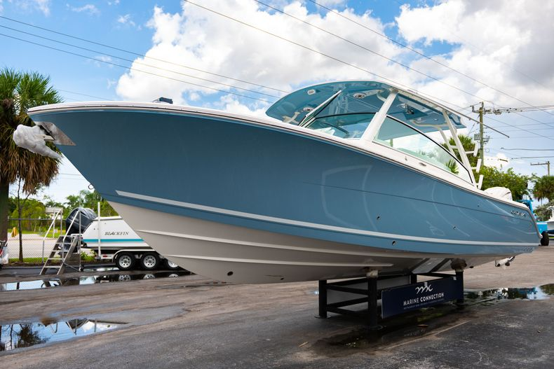 Thumbnail 3 for New 2020 Cobia 330 DC boat for sale in West Palm Beach, FL