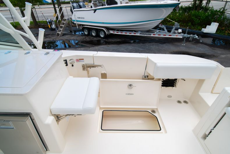 Thumbnail 10 for New 2020 Cobia 330 DC boat for sale in West Palm Beach, FL
