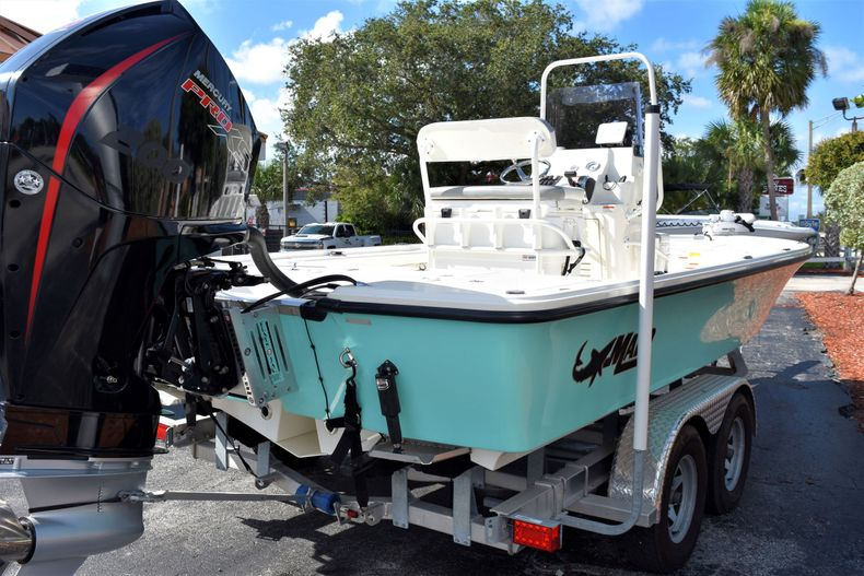 Thumbnail 6 for Used 2019 Mako 21 LTS boat for sale in Vero Beach, FL