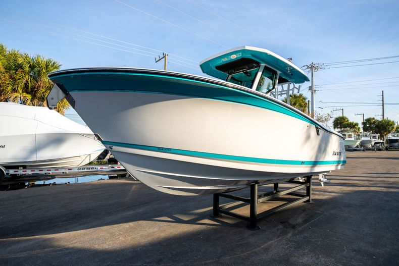 Thumbnail 3 for New 2020 Blackfin 272CC boat for sale in West Palm Beach, FL