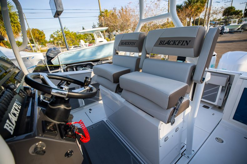 Thumbnail 36 for New 2020 Blackfin 272CC boat for sale in West Palm Beach, FL