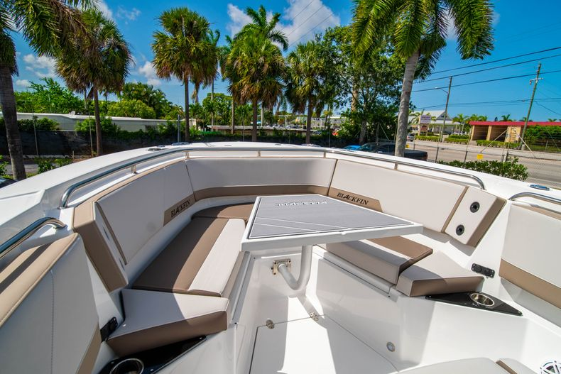 Thumbnail 43 for New 2020 Blackfin 272CC boat for sale in West Palm Beach, FL