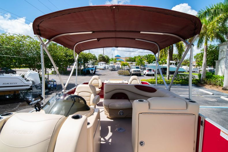 Thumbnail 35 for Used 2016 Sylvan Mirage Cruise 820 boat for sale in West Palm Beach, FL