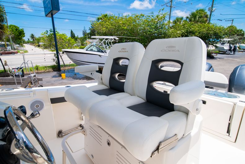 Thumbnail 37 for Used 2017 Cobia 277 CC Center Console boat for sale in West Palm Beach, FL