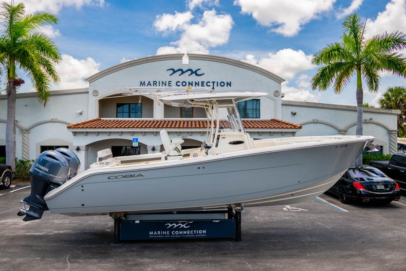 Photo for 2017 Cobia 277 CC Center Console
