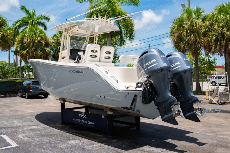 Thumbnail 7 for Used 2017 Cobia 277 CC Center Console boat for sale in West Palm Beach, FL