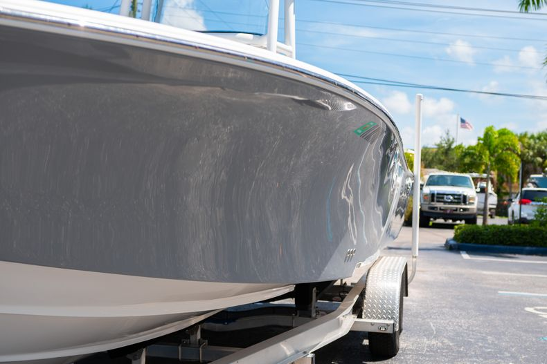 Thumbnail 5 for Used 2017 Tidewater 2500 Carolina Bay boat for sale in West Palm Beach, FL