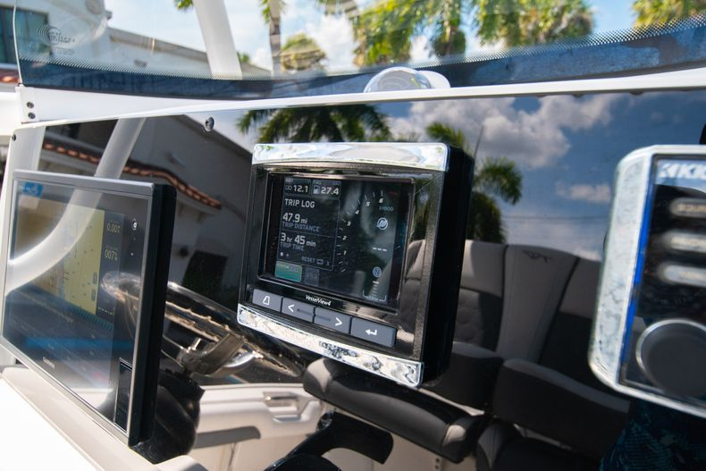 Thumbnail 28 for Used 2017 Tidewater 2500 Carolina Bay boat for sale in West Palm Beach, FL