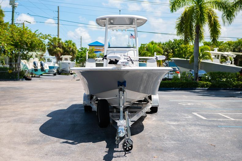 Thumbnail 3 for Used 2017 Tidewater 2500 Carolina Bay boat for sale in West Palm Beach, FL