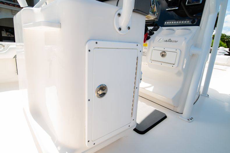 Thumbnail 21 for Used 2017 Tidewater 2500 Carolina Bay boat for sale in West Palm Beach, FL