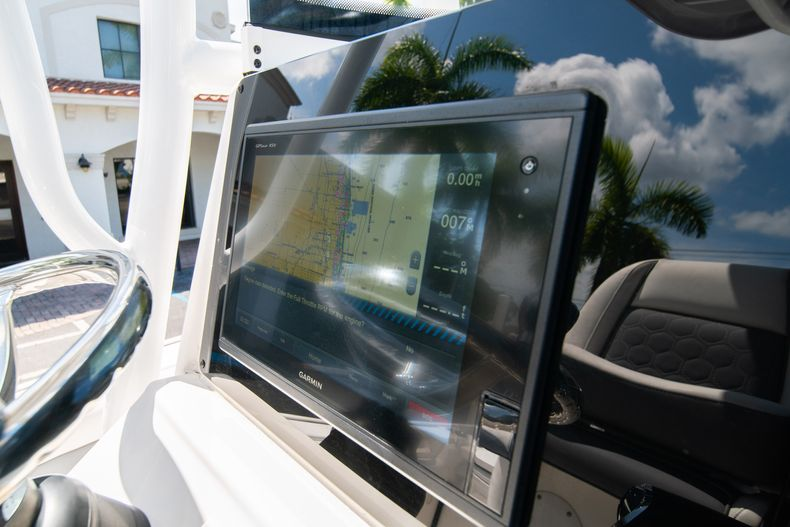 Thumbnail 29 for Used 2017 Tidewater 2500 Carolina Bay boat for sale in West Palm Beach, FL