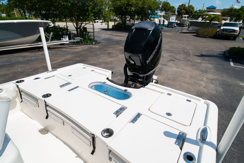 Thumbnail 15 for Used 2017 Tidewater 2500 Carolina Bay boat for sale in West Palm Beach, FL