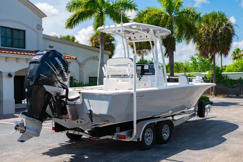 Thumbnail 10 for Used 2017 Tidewater 2500 Carolina Bay boat for sale in West Palm Beach, FL