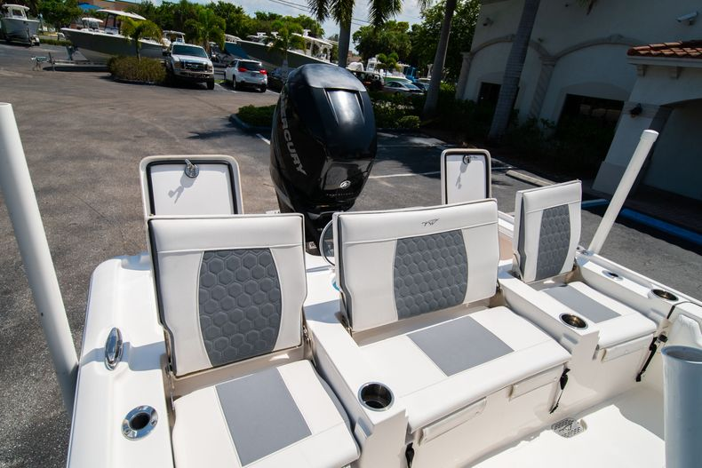Thumbnail 14 for Used 2017 Tidewater 2500 Carolina Bay boat for sale in West Palm Beach, FL