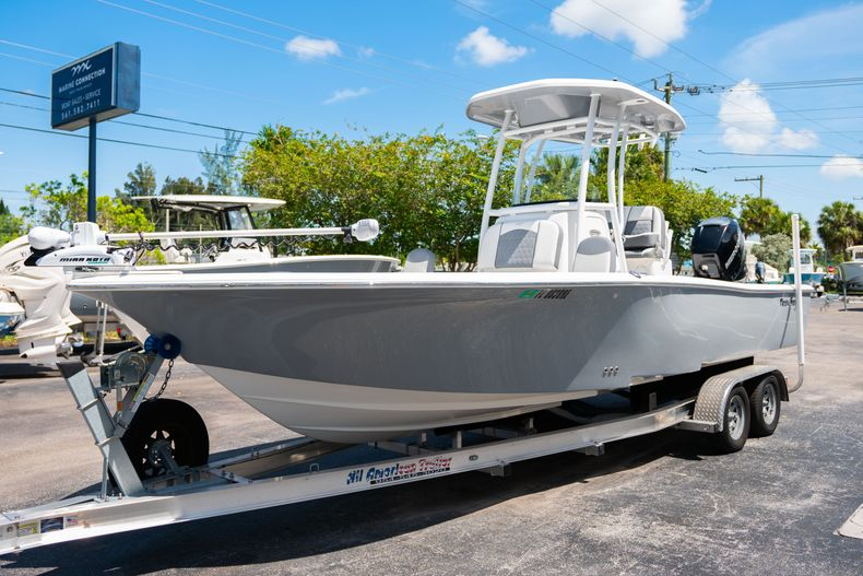 Thumbnail 4 for Used 2017 Tidewater 2500 Carolina Bay boat for sale in West Palm Beach, FL