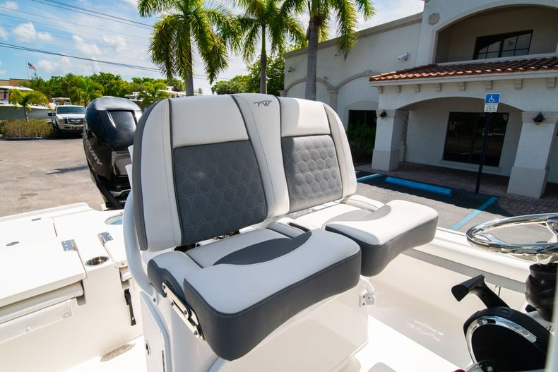 Thumbnail 34 for Used 2017 Tidewater 2500 Carolina Bay boat for sale in West Palm Beach, FL
