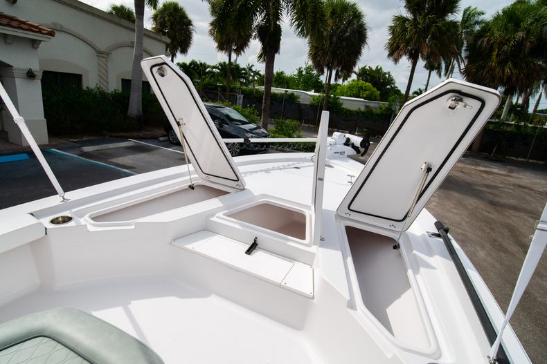 Thumbnail 39 for Used 2019 Sportsman Tournament 214 Bay Boat boat for sale in West Palm Beach, FL