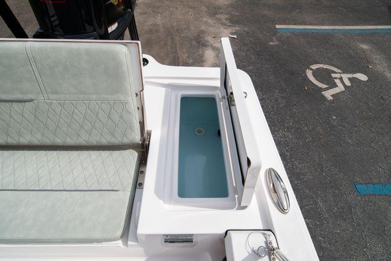 Thumbnail 20 for Used 2019 Sportsman Tournament 214 Bay Boat boat for sale in West Palm Beach, FL