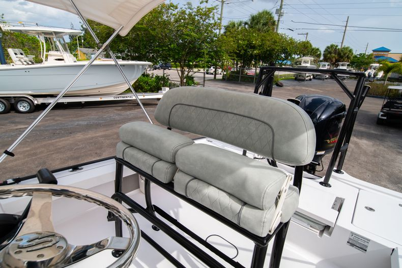 Thumbnail 34 for Used 2019 Sportsman Tournament 214 Bay Boat boat for sale in West Palm Beach, FL