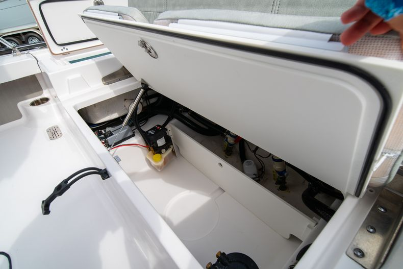 Thumbnail 19 for Used 2019 Sportsman Tournament 214 Bay Boat boat for sale in West Palm Beach, FL