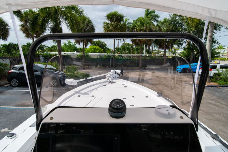Thumbnail 30 for Used 2019 Sportsman Tournament 214 Bay Boat boat for sale in West Palm Beach, FL