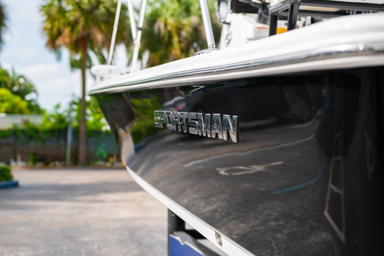 Thumbnail 9 for Used 2019 Sportsman Tournament 214 Bay Boat boat for sale in West Palm Beach, FL
