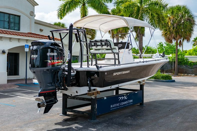 Thumbnail 11 for Used 2019 Sportsman Tournament 214 Bay Boat boat for sale in West Palm Beach, FL