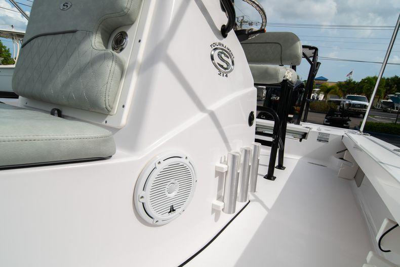 Thumbnail 37 for Used 2019 Sportsman Tournament 214 Bay Boat boat for sale in West Palm Beach, FL