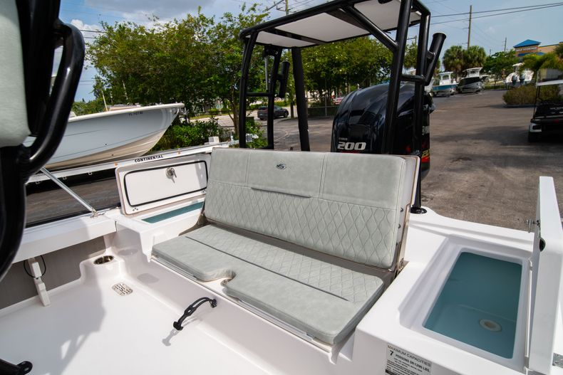 Thumbnail 18 for Used 2019 Sportsman Tournament 214 Bay Boat boat for sale in West Palm Beach, FL
