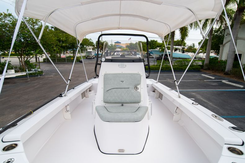 Thumbnail 44 for Used 2019 Sportsman Tournament 214 Bay Boat boat for sale in West Palm Beach, FL