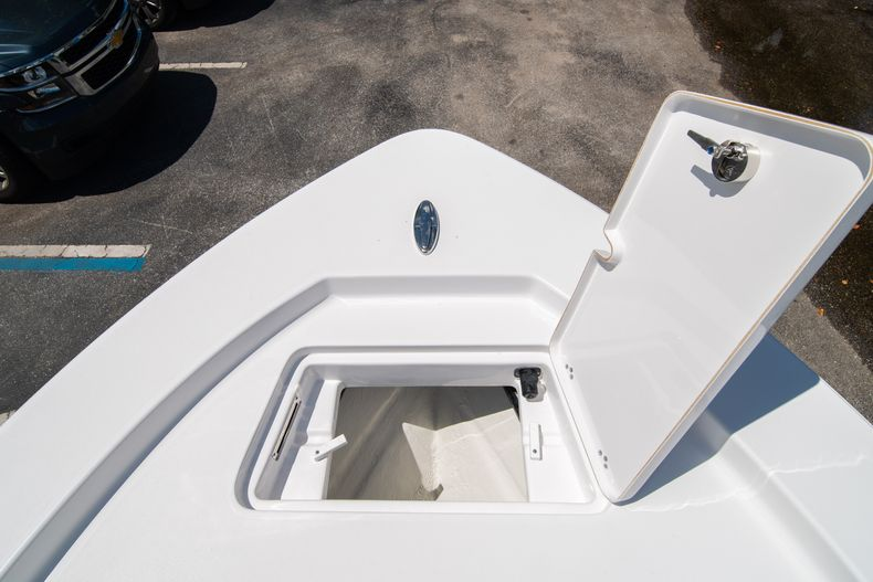 Thumbnail 40 for New 2021 Sportsman Masters 247 Bay Boat boat for sale in West Palm Beach, FL