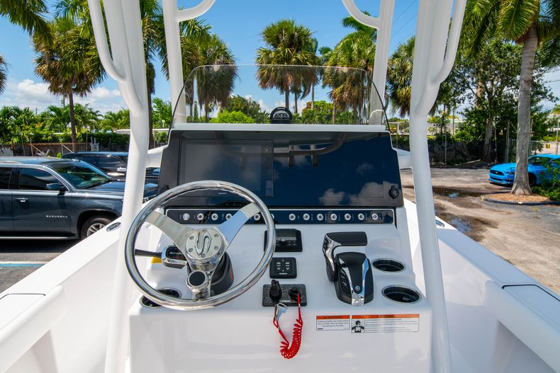 Thumbnail 22 for New 2021 Sportsman Masters 247 Bay Boat boat for sale in West Palm Beach, FL