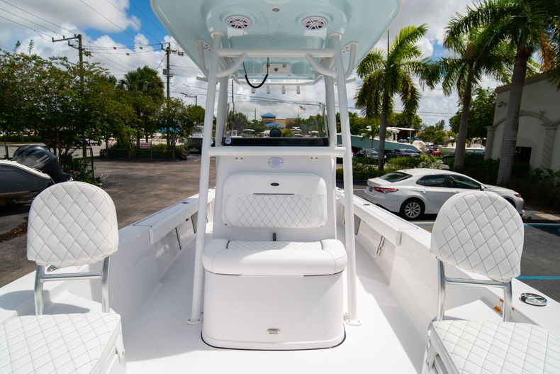 Thumbnail 41 for New 2021 Sportsman Masters 247 Bay Boat boat for sale in West Palm Beach, FL